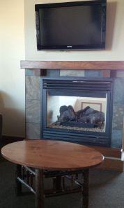 Elk Ridge Fireplace Room